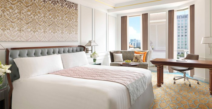 InterContinental-Singapore-Deluxe-King-Room.jpg