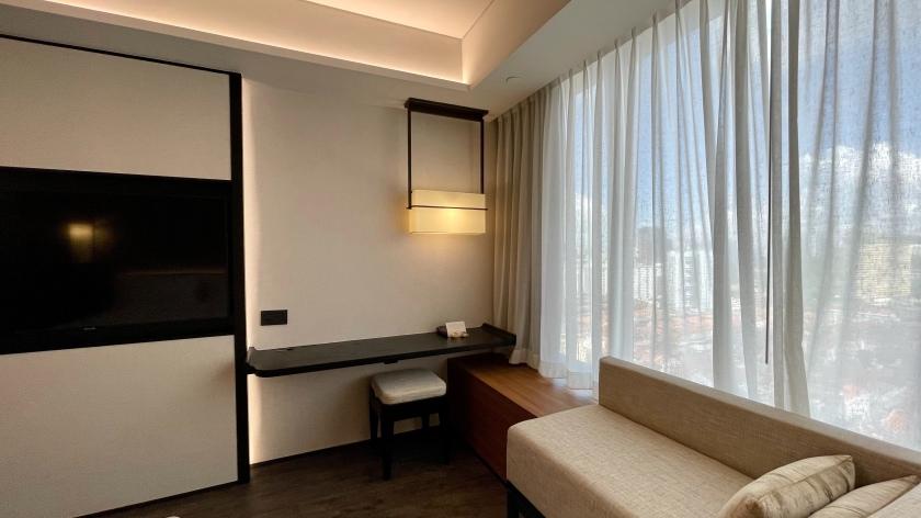 The Clan Hotel Deluxe Room desk